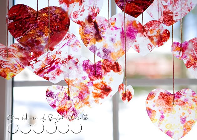 hello, Wonderful - 12 HAPPY VALENTINE ART PROJECTS FOR KIDS