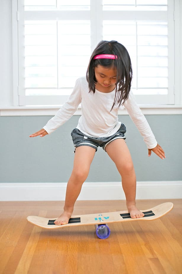 homemade balance board using pvc pipe and skateboard deck
