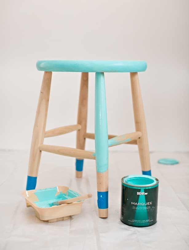 Hello wonderful easy diy painted children 39 s stool with for Diy kids stool