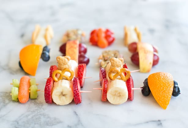 Here is the perfect summer picnic or gathering food! These matching Mommy and mini caterpillar grape kabobs are completely irresistible to both kids and adults alike!