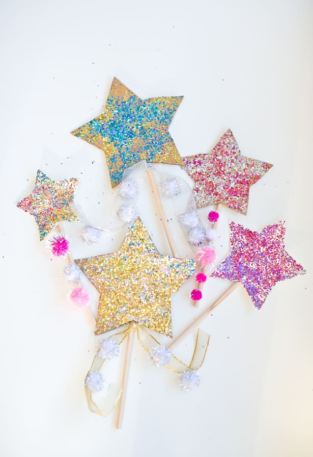 Hello wonderful diy glitter celebration star wands for Glitter wand