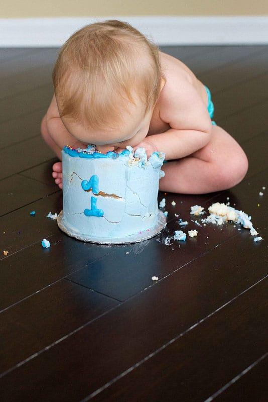 Hello Wonderful 12 Adorable Cake Smash Photos Tips To