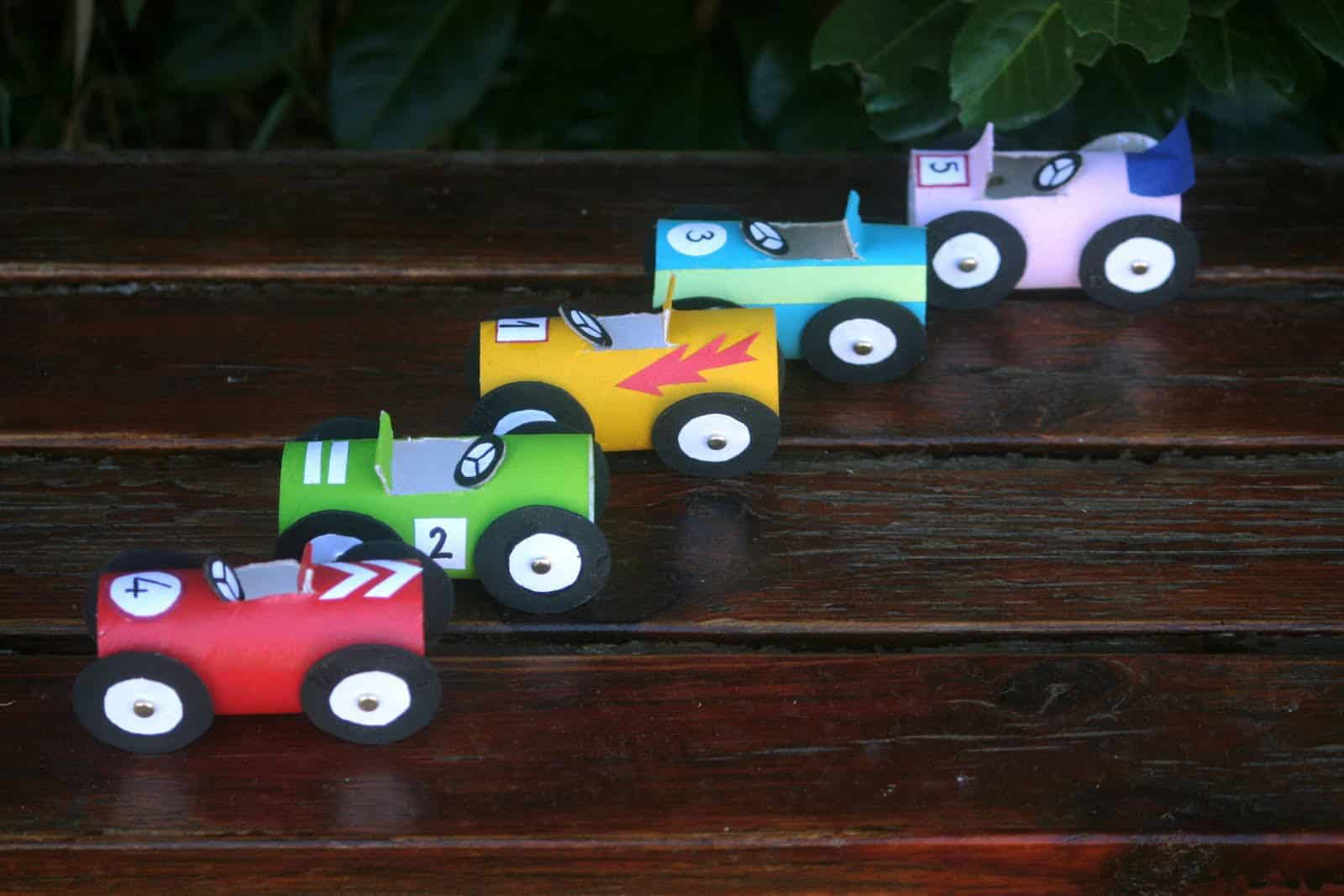 Crafts Cars: 11 INVENTIVE CAR INSPIRED DIY TOYS