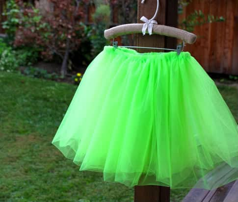 how to make a rainbow tulle table skirt