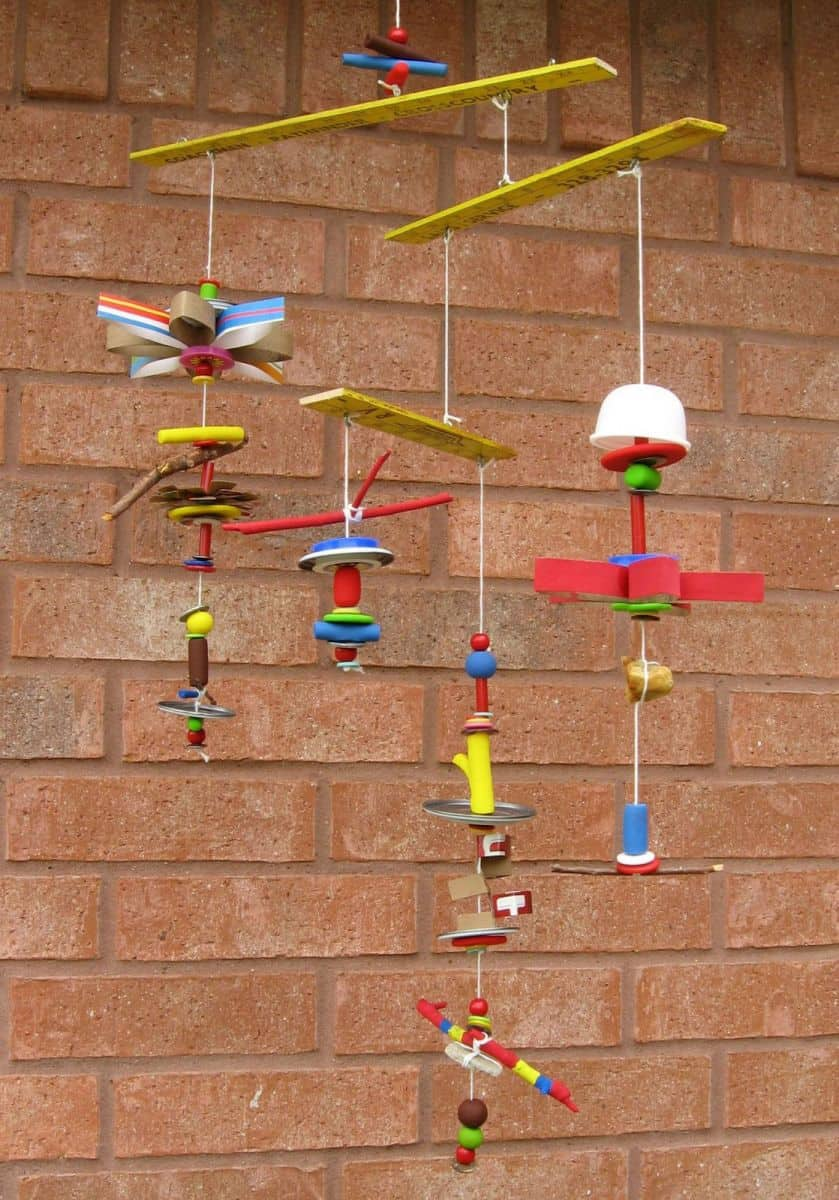 Hello wonderful 10 unique recycled crafts for kids - Recycling mobel ...