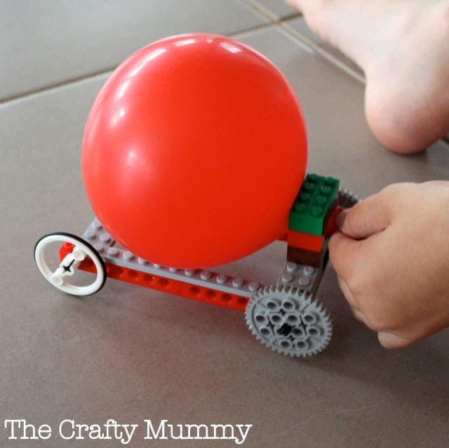 Hello wonderful 11 cool toys and play things to make for Cool things to do with balloons