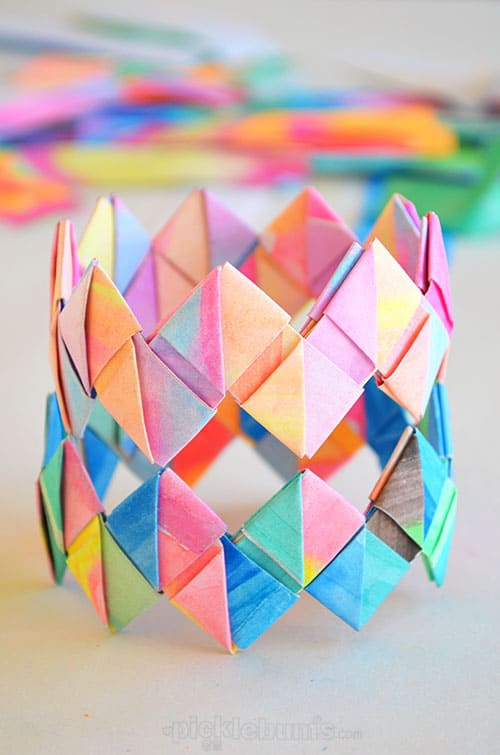 Hello wonderful 8 fun and colorful end of summer crafts for Paper folding art projects