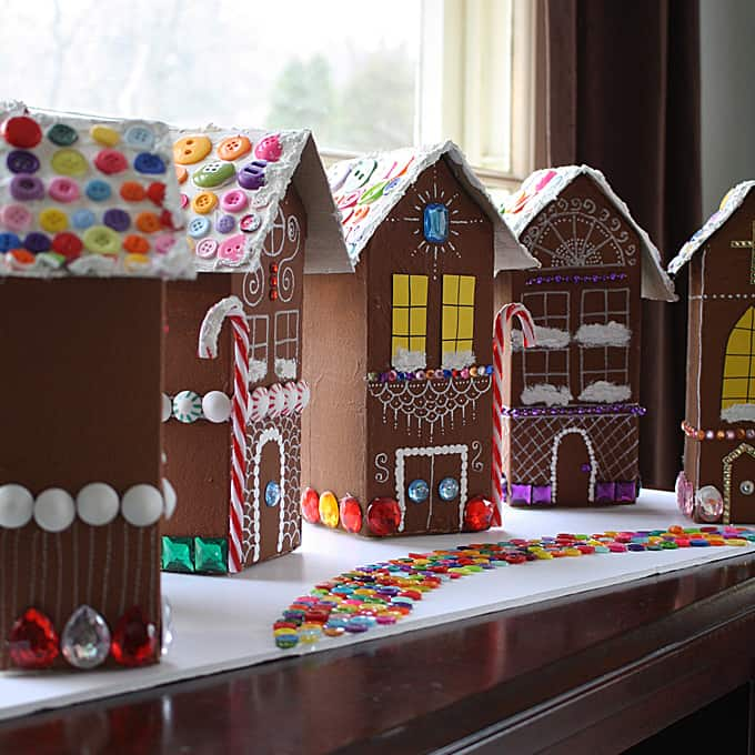 Hello wonderful 12 clever ways to make a gingerbread house for How do you make a gingerbread house