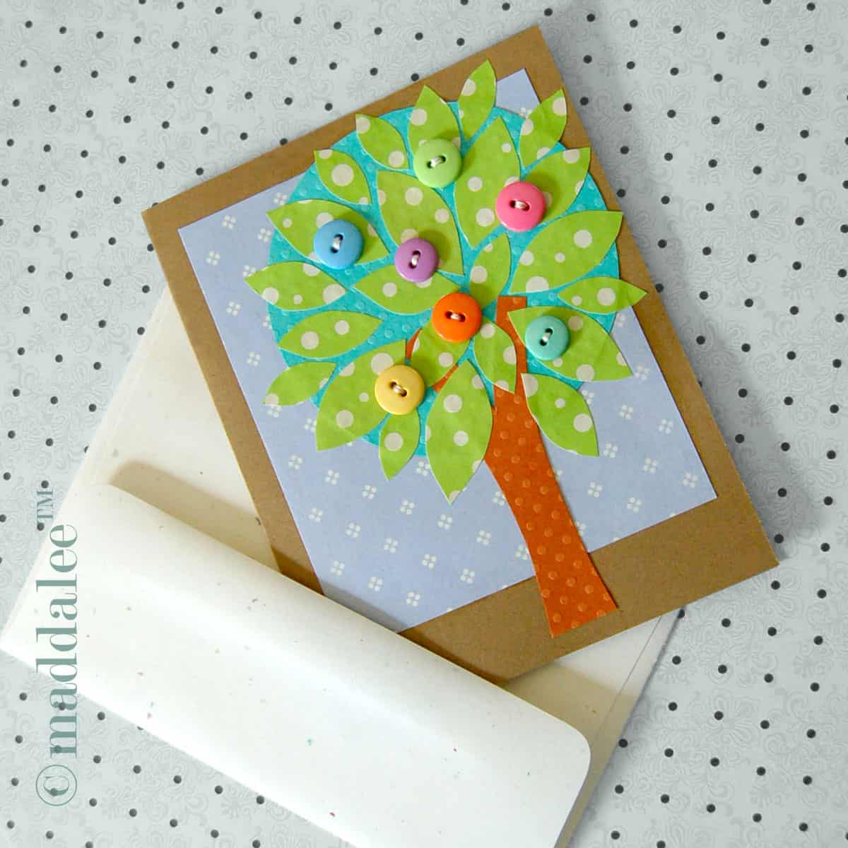 Hello wonderful 6 vibrant spring tree crafts for Art and craft file cover decoration