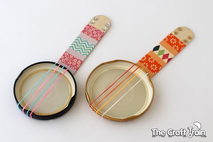 Hello Wonderful Make Mini Recycled Banjos