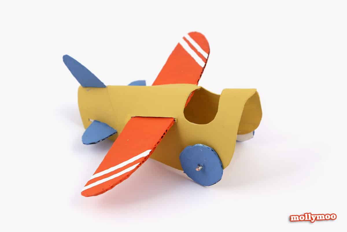 Hello wonderful 10 awesome ways to make an airplane for How to make paper projects