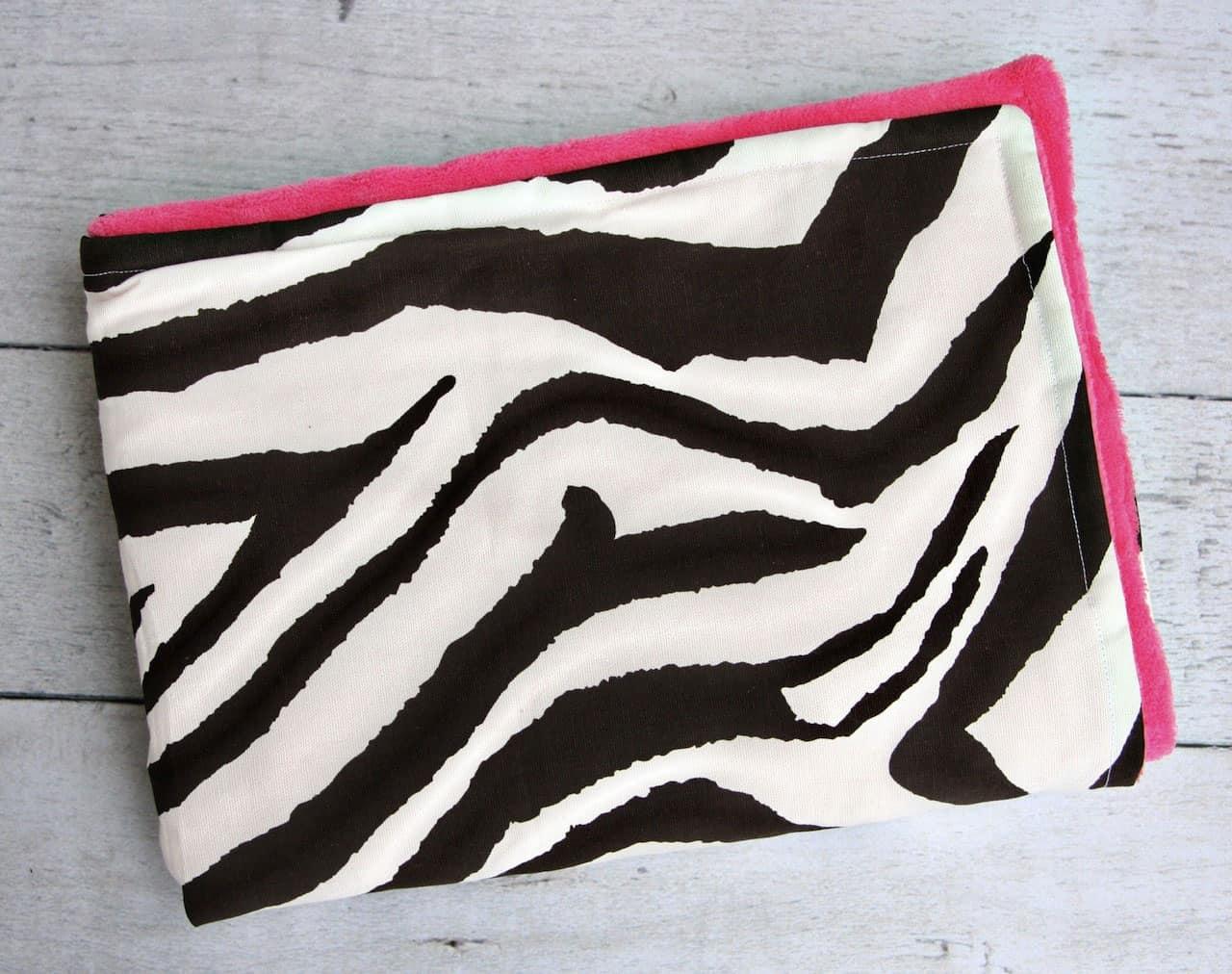hello wonderful   modern and hip baby blankets -  modern and hip baby blankets
